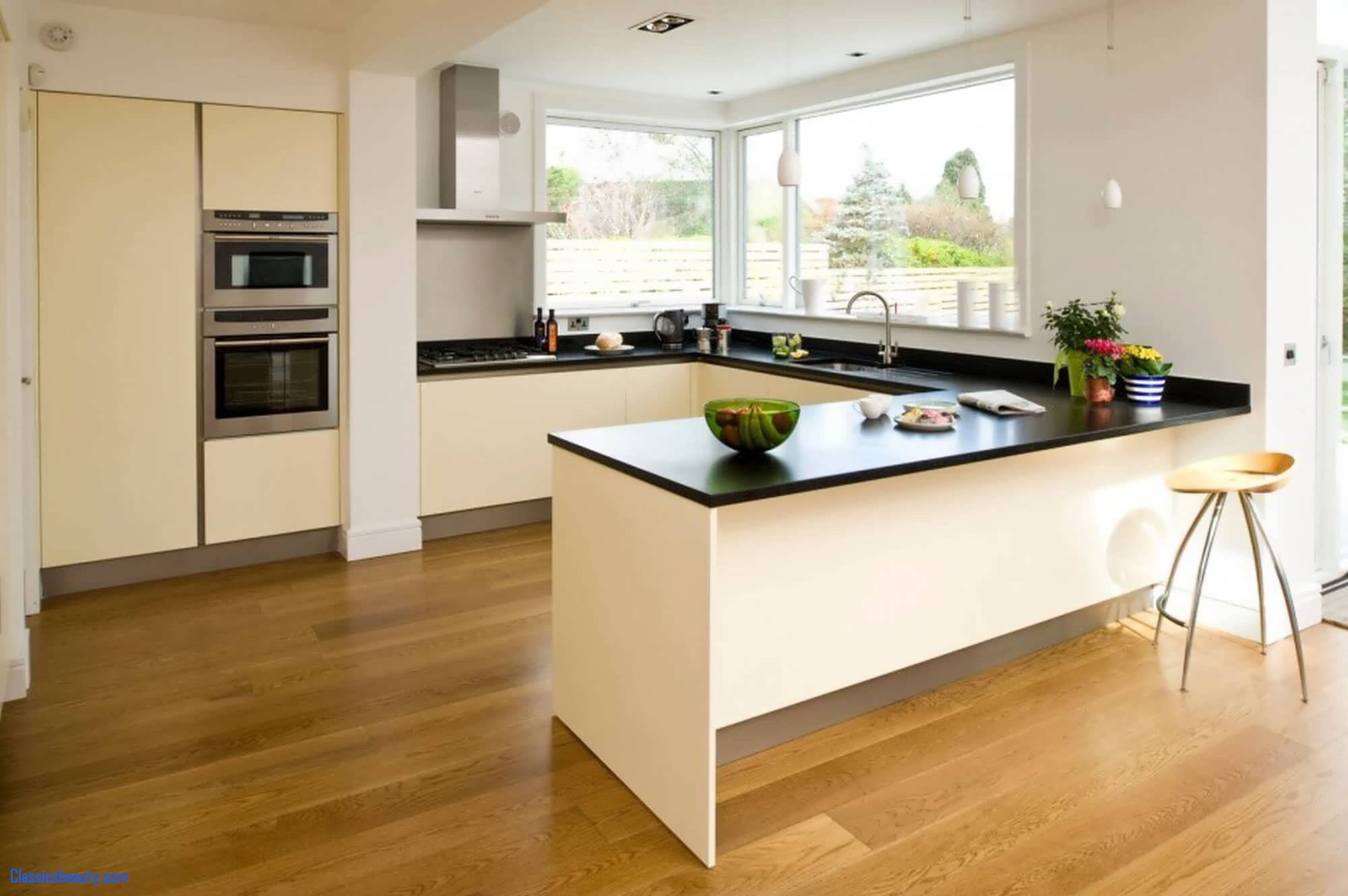 Create a 'gourmet' Kitchen With Single Accessory