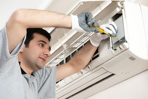 Air conditioner service in Mississauga