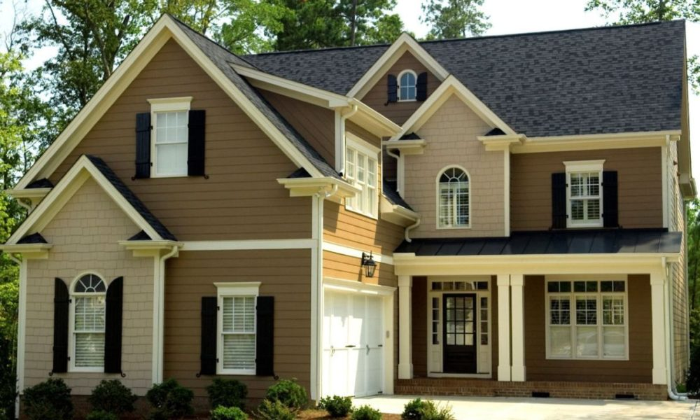 How the Right Siding Color Can Improve the Look of Your Home