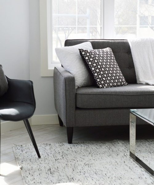 Are You Looking for an Accent Chair? How to Choose One for Any Space